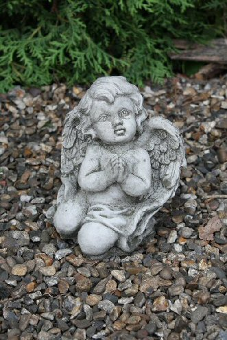KAC83 Baby Praying Angel